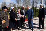 Нурсултан Назарбаев встретился с одноклассниками