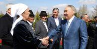 Назарбаев сыныптастарымен кездесті