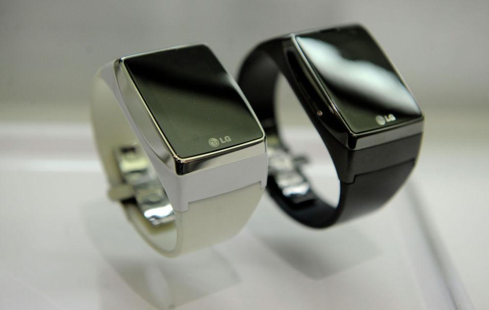 Мобильное устройство LG Watch Watch