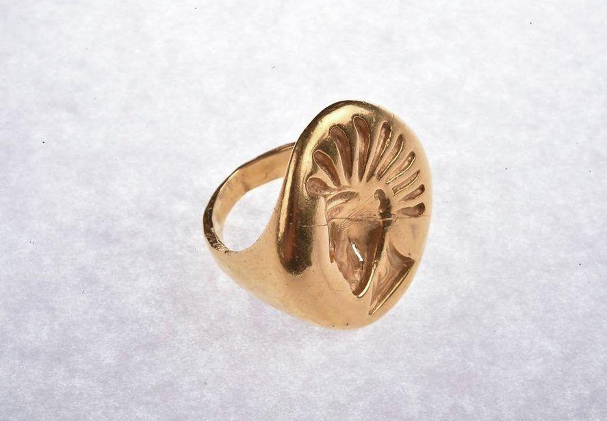 Перстень, обнаруженный в Иссыкском кургане