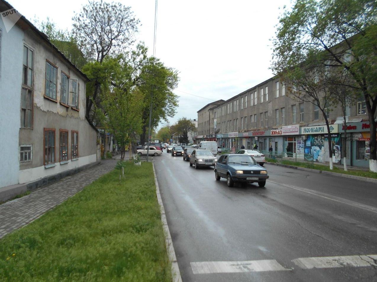 Улица Кемеля Токаева в Шымкенте