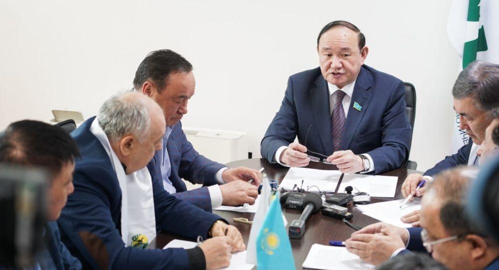 Депутат Сената парламента РК Али Бектаев