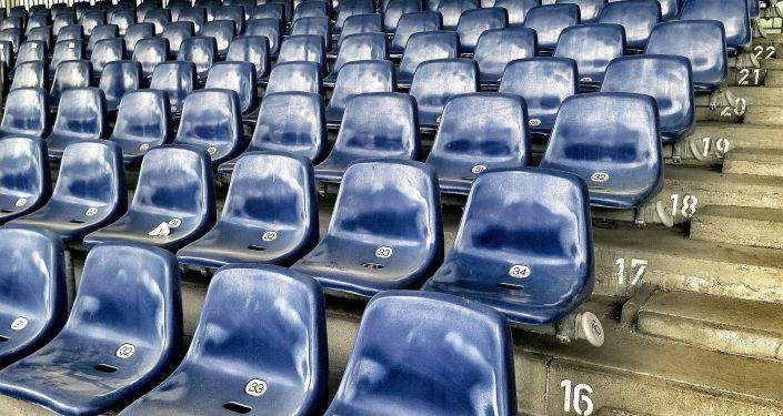 Стадион, трибуна, иллюстративное фото