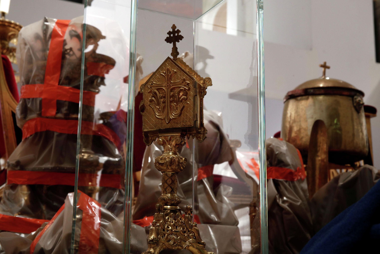 Спасенные сокровища из сгоревшего собора Нотр-Дам