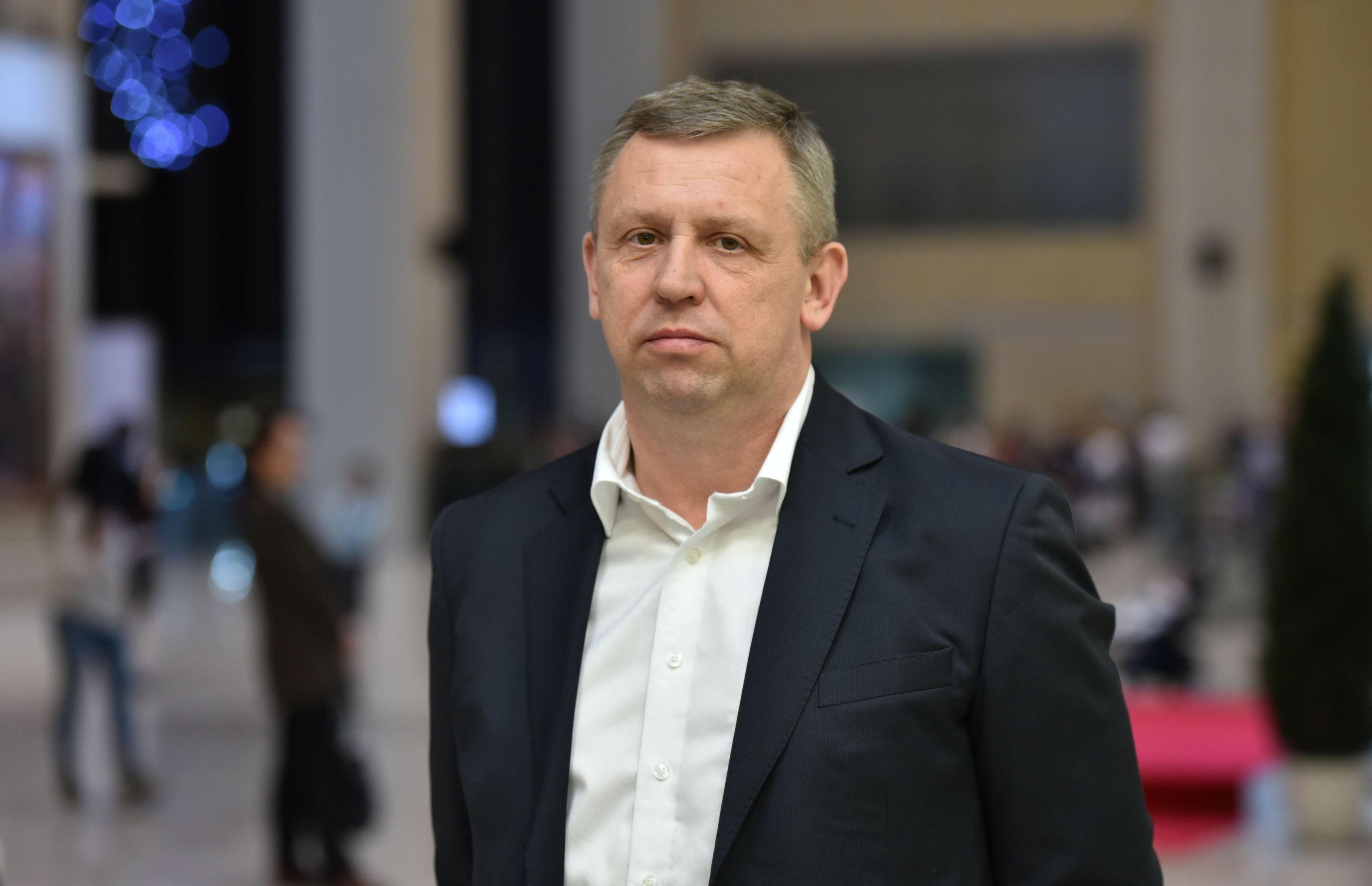 Директор театра Современник Игорь  Попов