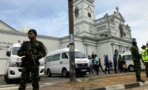 Военные у храма Святого Антония после взрыва в Коломбо, Шри-Ланка, 21 апреля 2019 года