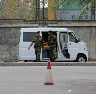 Сотрудники сил безопасности Шри-Ланки