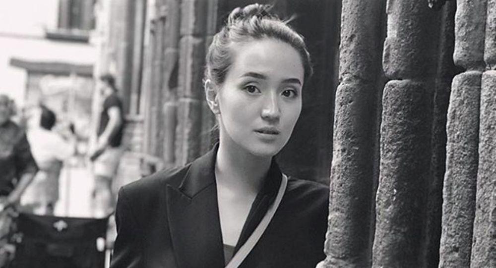 Актриса Гүлназ Жоланова