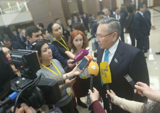 Депутат мажилиса Омархан Оксикбаев