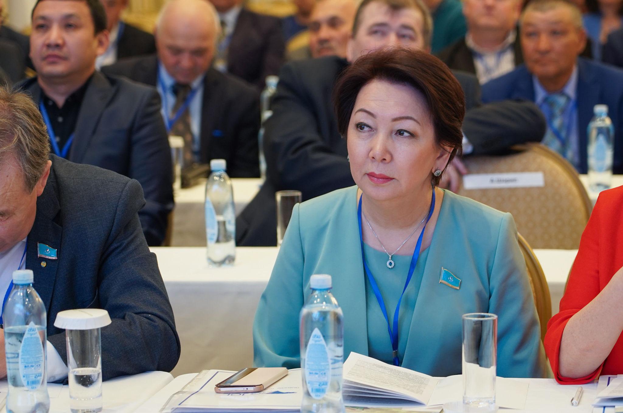 Кандидатом-женщиной от партии Ак жол стала депутат мажилиса Дания Еспаева