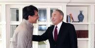 Елбасы Нурсултан Назарбаев встретился с известным актером Джеки Чаном