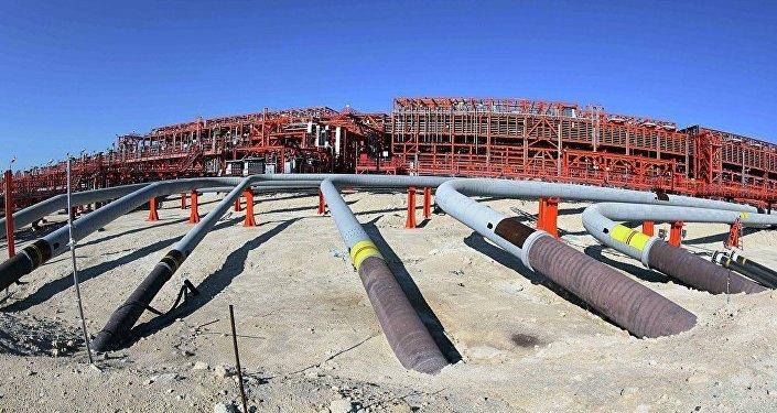 Казахстан запустил экспорт нефти скрупнейшего вСНГ месторождения