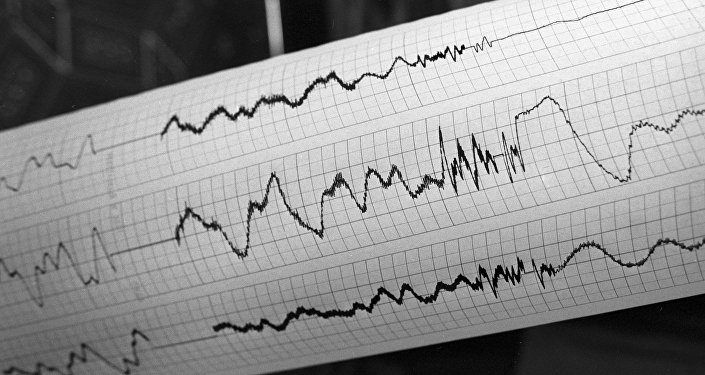 сейсмограф землетрясение