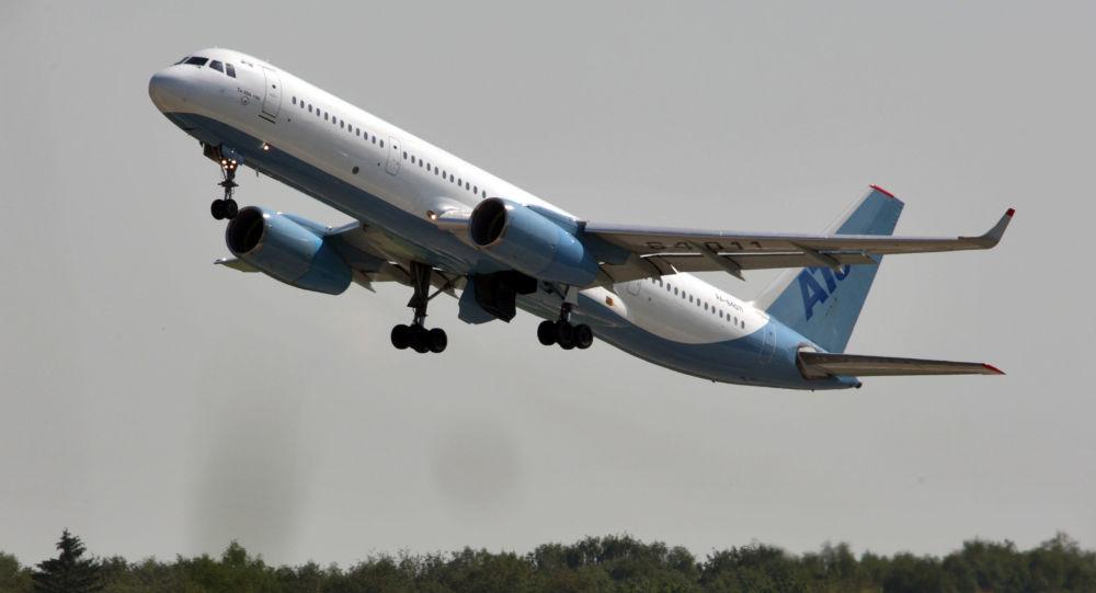 Самолет Ту-204