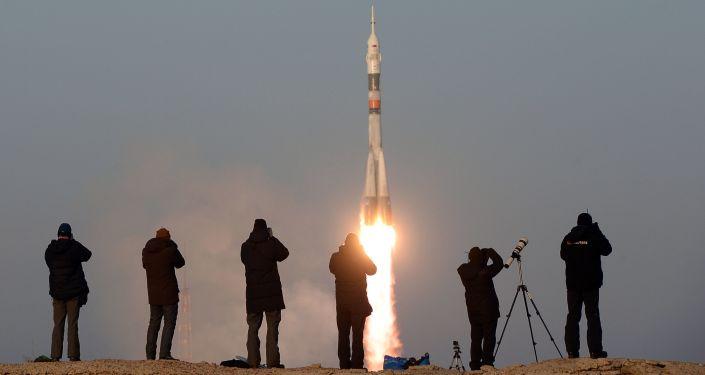 Старт космического корабля Союз ТМА-19М с космодрома Байконур, Казахстан