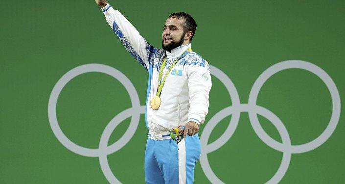 Казахстанский тяжелоатлет Ниджат Рахимов