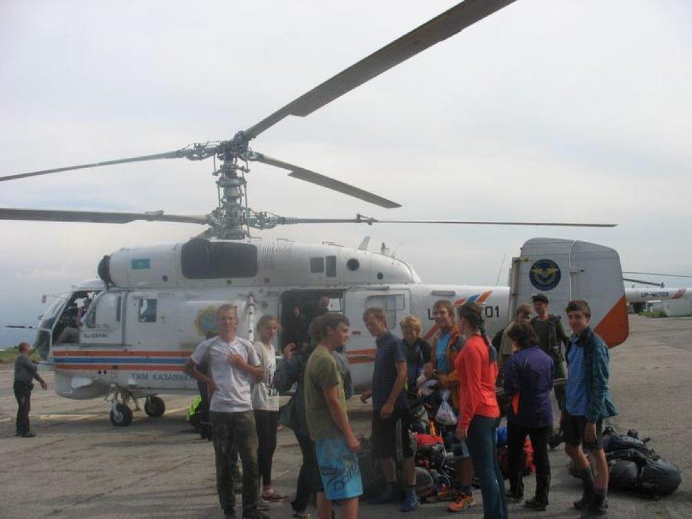 Туристы из России остались отрезанными от внешнего мира в верховьях реки Чилик в Алматинской области