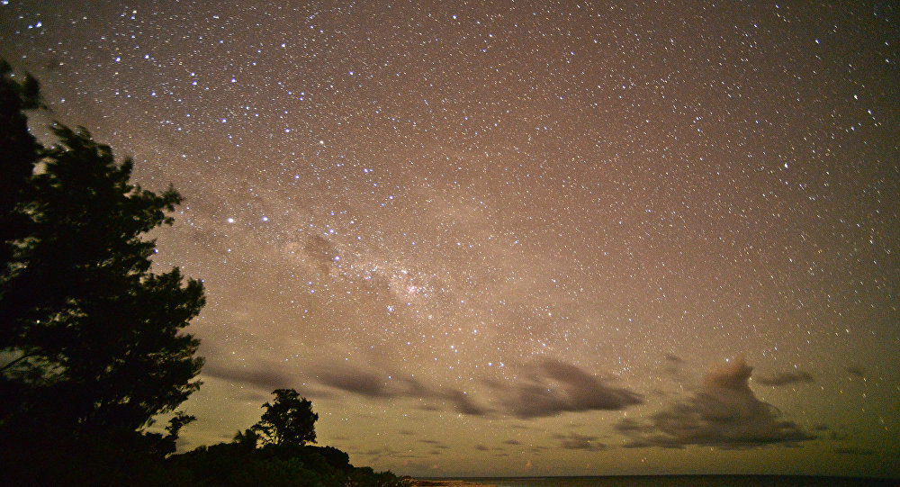 Ночное небо. Архивное фото