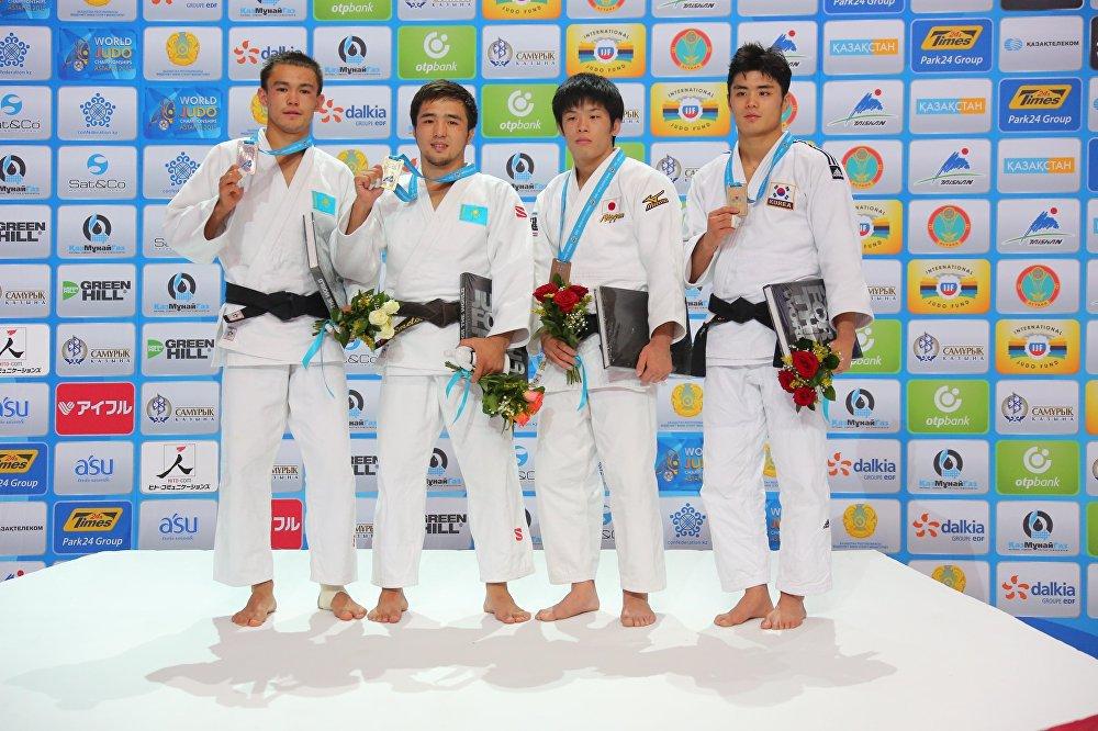 Слева направо: Рустам Ибраев Ибраев (Казахстан), Елдос Сметов (Казахстан), Шишиме Тору (Япония), Ким Вон Джин (Южная Корея)