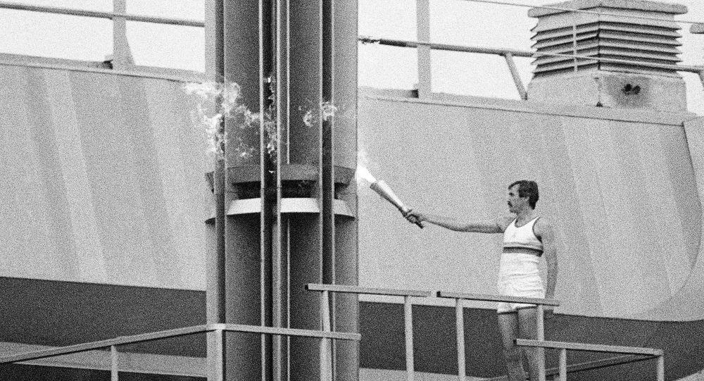 Факел Олимпиады-80 куплен на торгах во Франции