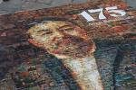 Панно с портретом Абая, составленное из рисунков детей