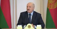 Лукашенко резко ответил на информацию о своем бегстве и прокомментировал забастовки