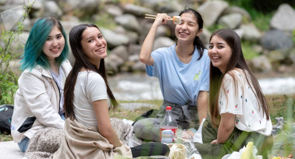 Алматинцы отдыхают в горах