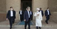 Касым-Жомарт Токаев посетил мавзолей Ходжи Ахмеда Яссауи
