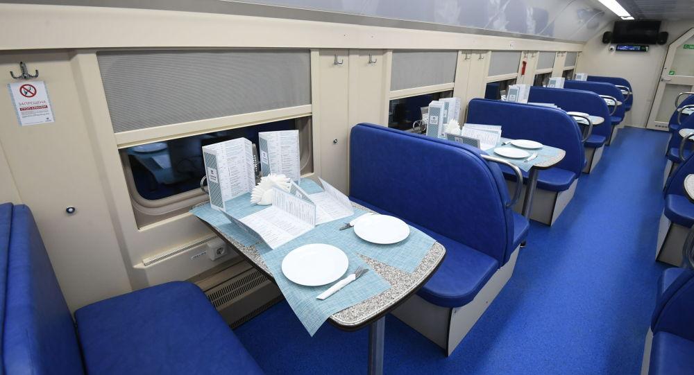 В поездах Казахстана возобновляют работу вагоны-рестораны