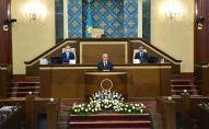 Касым-Жомарт Токаев на совместном заседании палат парламента