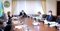 Алихан Смаилов в режиме телемоста принял участие в очередном заседании совета ЕЭК