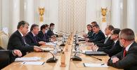 Встреча министра иностранных дел Мухтара Тлеуберди с министром иностранных дел РФ Сергеем Лавровым