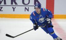 Игрок ХК Барыс Никита Михайлис