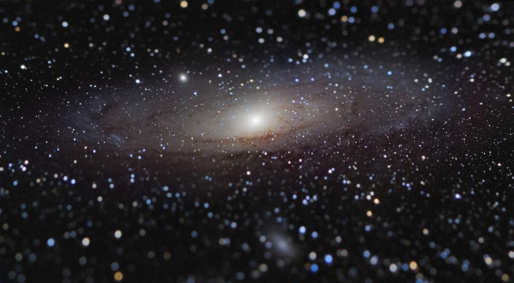 Француз фотографы Николас Лефоденің Қол созым жердегі Андромеда галактикасына дейін фотосы
