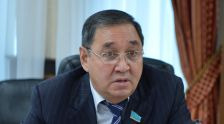 Сенатор Гумар Дюсембаев
