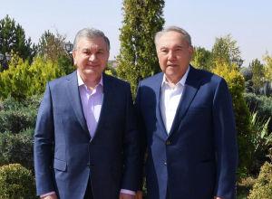 Нұрсұлтан Назарбаев пен Шавкат Мирзиёев