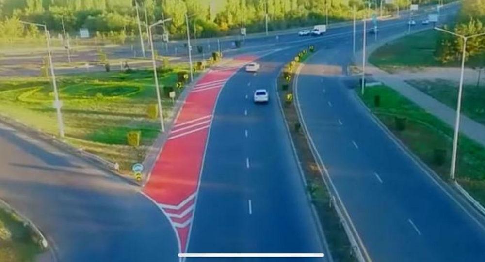 Красная разметка на дорогах Нур-Султана
