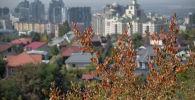 Виды Алматы осенью
