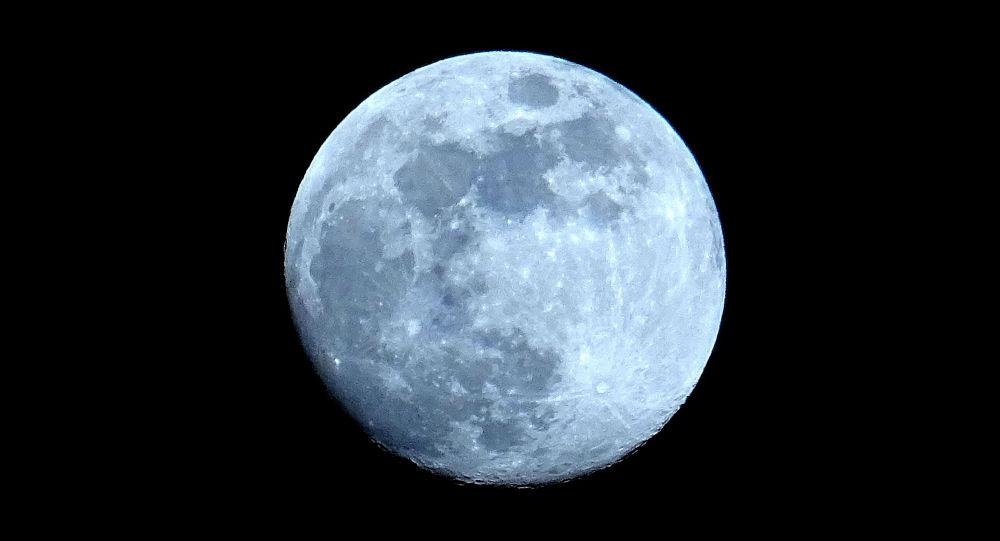 Япония построит завод на Луне