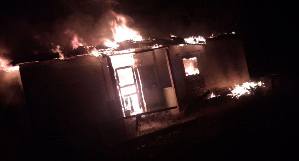 Пожар в частном доме в селе Кеменгер