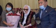 В Алматинской области поздравили со столетием ветерана ВОВ Оксану Бетебаеву