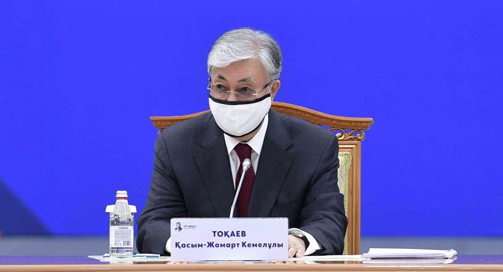 Қасым-Жомарт Тоқаев абайтанушылармен кездесті