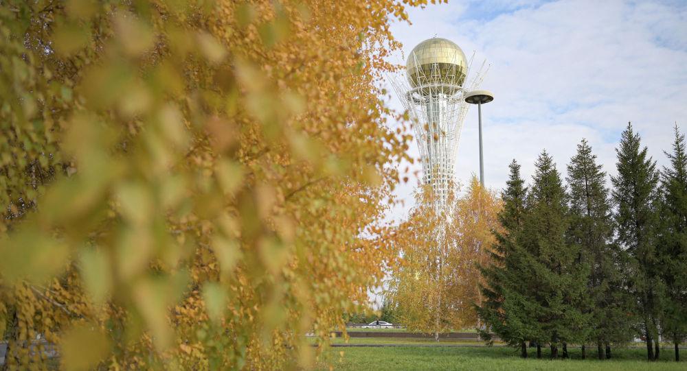 Виды Нур-Султана, осень