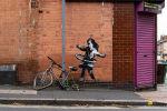 В Англии появилось новое граффити Бэнкси