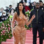 Ким Кардашьян на благотворительном вечере Института костюма Метрополитен-музея Met Gala-2019 в Нью-Йорке.
