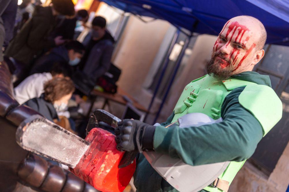 Дунгай из серии видеоигр Doom. Илья сделал костюм вместе с женой. Регулярно участвует в косплей-фестивалях.