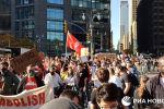 Тысячи нью-йоркцев на улицах празднуют победу Байдена - видео
