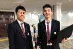 Ученики НИШ с образцом изобретенной трости