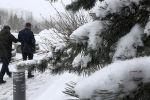 Снегопад обрушился на Нур-Султан и Алматы - видео