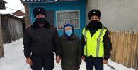 Потерявшаяся на улице бабушка в Северном Казахстане